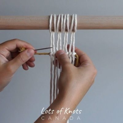 Photo of DIY Macrame Tutorial – How To Tuck In Your Ends When Tying Double Half Hitch Knots! – YouTube