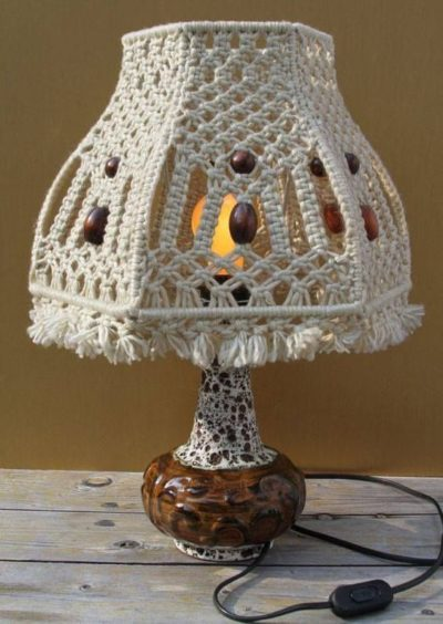 Photo of #bedside #hadthis #lamp #macrame #Table I wish I hadthis macrame lamp on my beds…